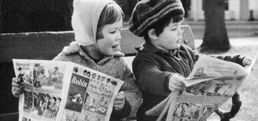 kids reading sunday funnies