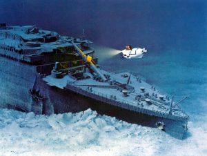 titanic wreckage underwater explore