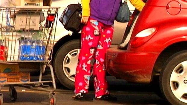 Wearing Pajamas In Public – A Fashion Statement or Just Laziness?