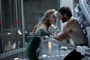 Viper-Svetlana-Khodchenkova-Wolverine-Hugh-Jackman-2013