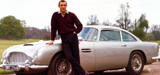 Goldfinger Aston Martin James Bond Sean Connery
