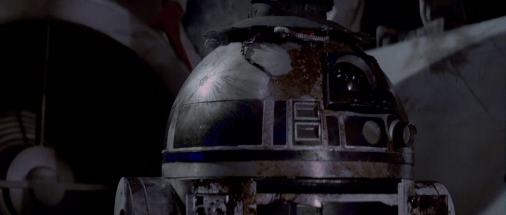 Star Wars r2D2 damaged