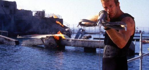 Deep Blue Sea 1999 shark movie