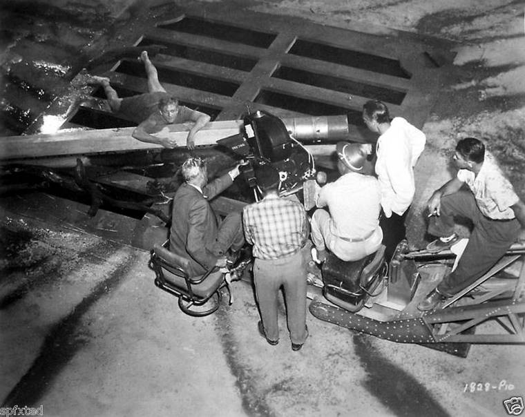 Incredible Shrinking Man 1957 giant props filming special effects