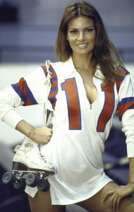 Raquel Welch Kansas City Bomber 1972 sexy pinup