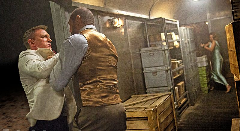 Spectre James Bond Mr Hinx train fight