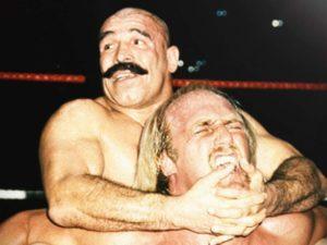 Iron Sheik Hulk Hogan Wrestlemania wrestler 1980s