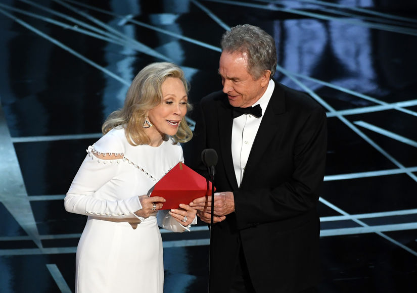 Warren Beatty Faye Dunaway Oscars Best Picture mistake