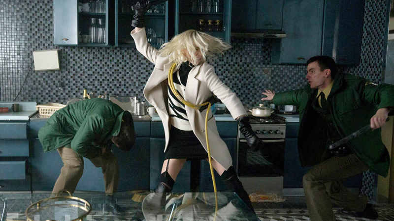 Atomic Blonde 2017 Charlize Theron fight scene