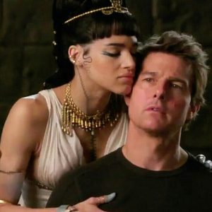 Sofia Boutella Tom Cruise The Mummy 2017