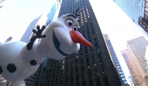 Olaf balloon Macys Thanksgiving Parade 2018