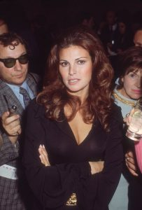 Raquel Welch 1975 rejected by Alice Cooper