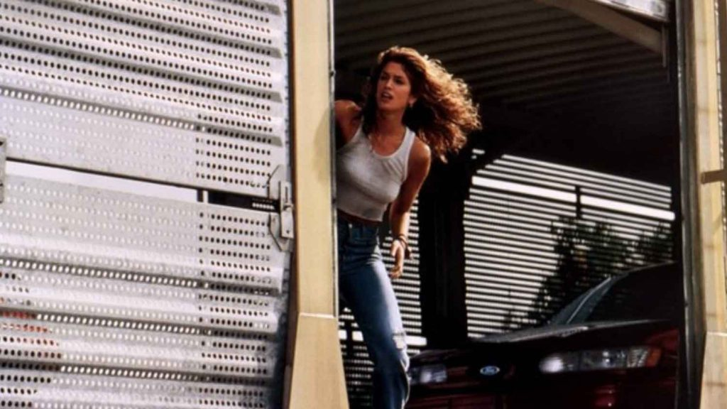 Cindy-Crawford-in-Fair-Game-1995-action-movie