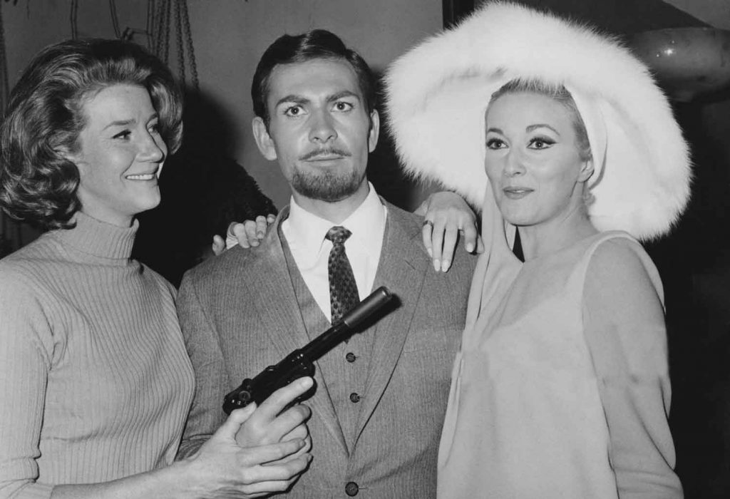 Lois-Maxwell-Neil-Connery-Daniela-Bianchi-OK-Operation-Kid-Brother-1967