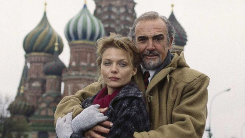 Michelle-Pfeiffer-Sean-Connery-Russia-House-1990
