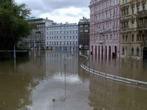 Prague-2002-flooding-city-League-Extraordinary-Gentlemen