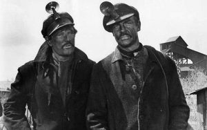 Richard-Harris-Sean-Connery-Molly-Maguires-1970-coal-miners