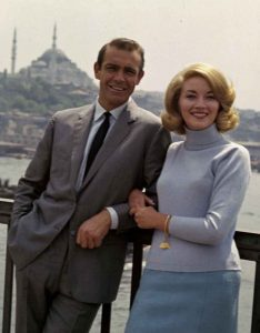 Sean-Connery-Daniela-Bianchi-From-Russia-With-Love-1963-Istanbul