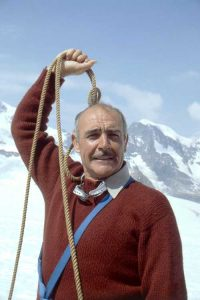 Sean-Connery-Five-Days-One-Summer-1982-mountain-climbing-funny-pose