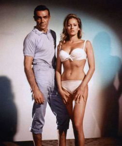 Sean-Connery-Ursula-Andress-Dr-No-1962